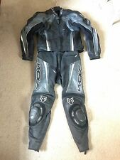 Wolf Kangaroo 2 piece Race Leathers - No Hump - Jacket UK 44/EU 54 Trousers 32