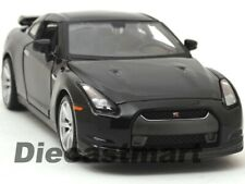 1 24th Scale Maisto Special Edition 2009 Nissan Gt-r - White