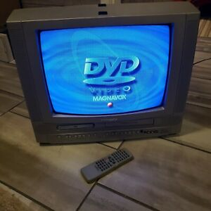 """Magnavox 19MDTR20 19"""" 2003 TV/DVD/VCR Combo W/ FACTORY REMOTE TESTED WORKS GREAT"""