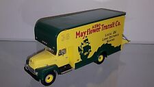 1/34 FIRST GEAR MAYFLOWER TRANSIT 1957 INTERNATIONAL R-200 w/MOVING VAN 18-1471