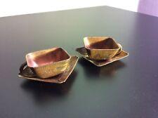 Lot de deux tasses et sous-tasses de dinette en régule cuivré Japon Fin XIXème