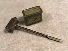 "Very Clean 1902 French Kamphe ""Star"" Safety Razor In Tin"