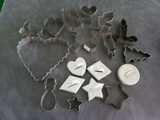 Vintage lot of 18 Metal Cookie Biscuit Cutters, Different Sizes And Shapes