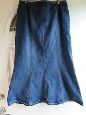 PLUS SIZE LONG FORM FITTING DENIM/JEANS SKIRT BY VENEZIA: SIZE 20