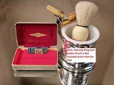 """(791) Vintage Gillette """"Gold Tech"""" Tweed Case Safety Razor Set - 1940s Nice Set!"""