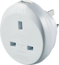 Go Travel Uk-aus Adaptor Including USB Adapter Ref 627