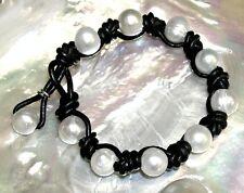 PULSERA de PERLAS CULTIVADAS Y CUERO natural negro. 10 Perlas cultivadas 10 mm