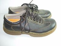 MENS BROWN LEATHER DR. MARTENS  OXFORDS CASUAL MITCHELL DRESS SHOES SIZE 10 M
