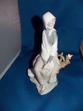 Lladro Spain Porcelain Figurine 4576 New Shepherdess, Sitting Girl w Bird