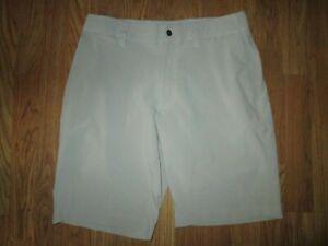 Mens CALLAWAY GOLF casual shorts sz 31