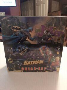 Batman Dark Knight Vs The Joker Collectors Edition Deluxe Chess Set New Sealed