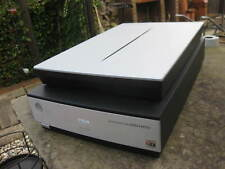 Epson Perfection V700 Photo ~ Flatbed Scanner ~ With Cables ~ Untested