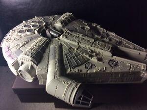 1995 Star Wars Micro Machines Millenium Falcon Command Carry Case