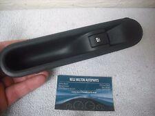 Un Véritable RENAULT ESPACE MK4 2002-2008 porte arrière Vitres électriques Interrupteur