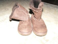 Girls UGG Boots Brown S/N 5991 Size 1