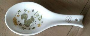 Cooksmart Woodland Spoon Rest Squirrel & Heart Design