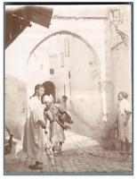 Algérie, Scène à la fontaine  Vintage citrate print.  Tirage citrate  9x12