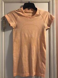 Lululemon Size 4 Stripe Swiftly Tech Short Sleeve Scoop Neck Orange