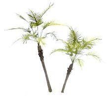 TROPICAL JUNGLE PALM TREE MODEL SET 1/35 SCALE APPROX 18 & 14 CM.  TPV-084