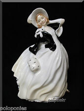 ROYAL DOULTON Autumn Breezes Figurine HN2147 - Retired 1971