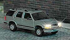 BUSCH HO SCALE 1/87 CHEVY BLAZER WITH LIGHTS | BN | 5658