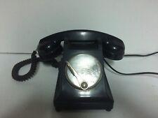 Ancien téléphone en bakélite a palette