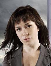 Eve Myles UNSIGNED photo - L130 - Torchwood