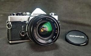Vivitar 28mm f2.0 MC Wide Angle Fast Lens Olympus OM mount Japan made.
