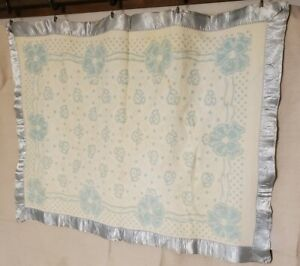 Vintage BABY CHATHAM Acrylic Satin Trim Blue White Antique Blanket 45X35