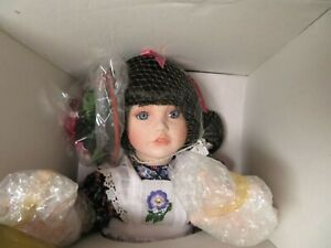 """Blackberry Blossom By Ann Timmerman Georgetown Collection Doll 16"""" NIB very nice"""