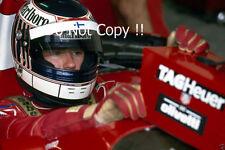 JJ Lehto Scuderia Italia Dallara BMS-192 F1 saison 1992 Photographie 1