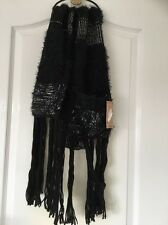Ladies Black/white Woolly Scarf With Pockets new With Tag