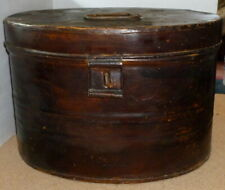 LARGE VINTAGE PAINTED TIN TOLEWARE TOP HAT BOX