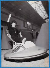 vintage movie photo unsinkable pedal boat prototype insubmersible pedalo 1960