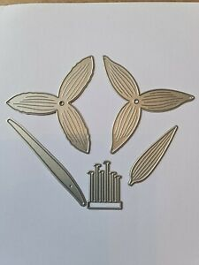 Lovely Large Daffodil Layered 7 Piece Die Cutter Set   Lightly Used