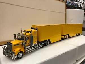 Kenworth T909 Model Truck - Prime Mover + A&B Trailer Set 1:32 - Yellow