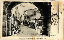 CPA  Brioude - Le Porche de l'Église Saint-Julien (203166)