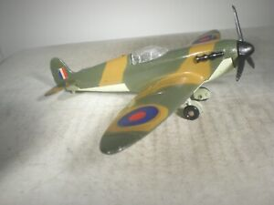 Dinky Toys SUPERMARINE SPITFIRE MARK II #719 GREAT CONDITION