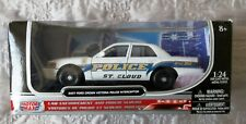 Motor Max 1/24 Die Cast Ford Crown Police Car - Boxed