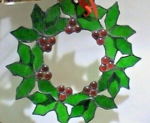 Stained Glass Berry Wreath Hanging Sun Catcher Christmas Holiday Hand Made Decor