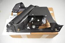 2011-2013 Chevrolet Silverado GMC Sierra RH Side Seat Belt Kit new OEM 19260178