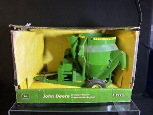 Vintage 1/16 John Deere Grinder Mixer Ertl BNIB But Missing An Attachment