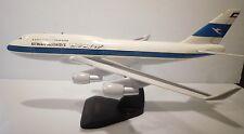 """Kuwait Airways Boeing 747-400 Desktop Model Airplane Jet 18"""" Long 16.5"""" Wingspan"""