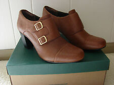 New Clarks Brown Tan Ankle Heel Shoe Boot Womens Size 11 Sapphire Athena