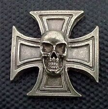 Skull Cross Anstecknadel pin pins