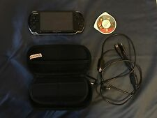 Sony PSP 3000 - piano black, with case and GTA UMD, play other system games