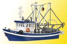 39161 Kibri HO Kit of a Shrimp boat CUX 16