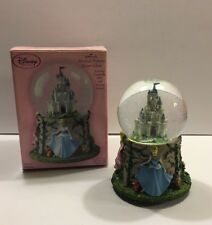 HALLMARK DISNEY MUSICAL PRINCESS WATER GLOBE CINDERELLA BELLE SLEEPING BEAUTY