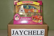 Rare Disney Tiny Collection - Snow White and the Seven Dwarfs Light Up Cottage