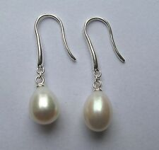 White Pearl freshwater hook in sterling silver Drop earrings
